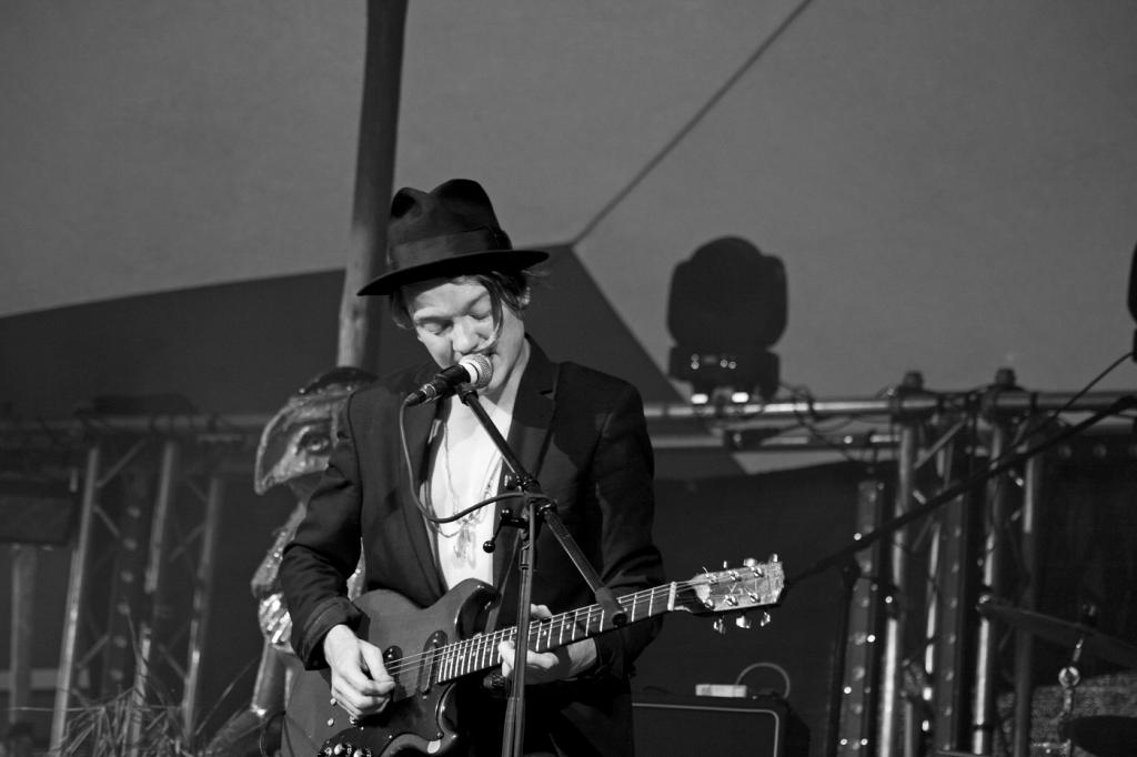 Trümmer @ Feel Festival 2014