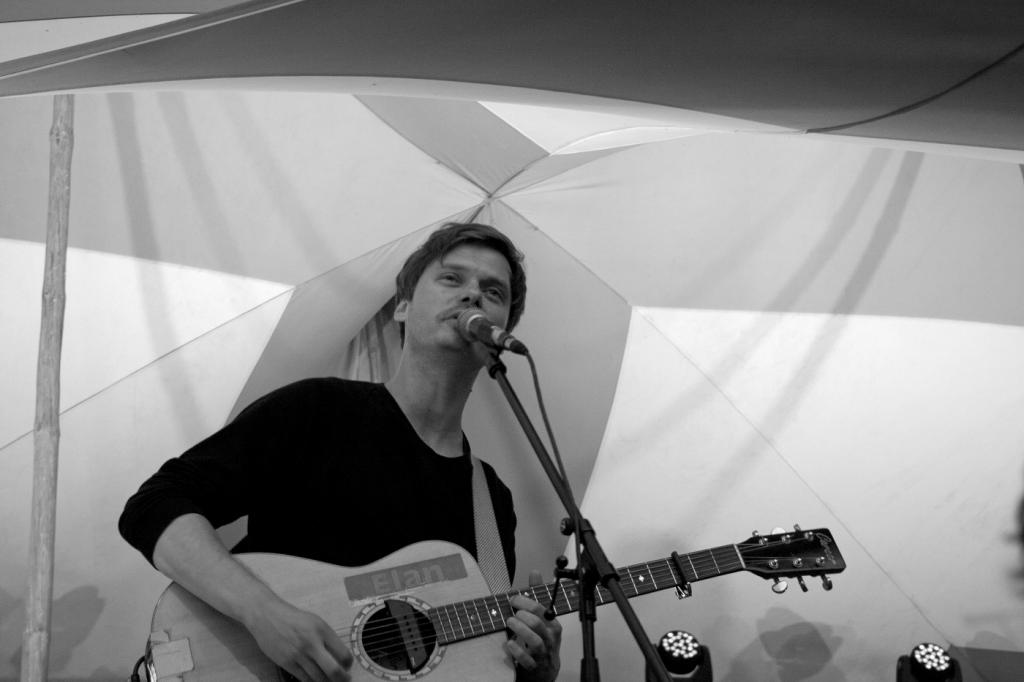 ClickClickDecker @ Feel Festival 2014